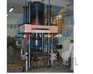电液伺服岩石三轴试验机